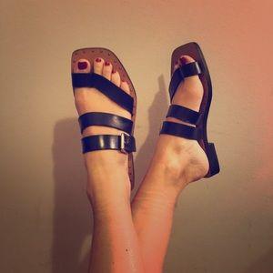 Flat Black Zara Sandals